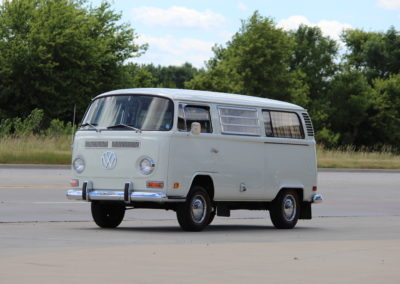 1972 VW Bus-SOLD